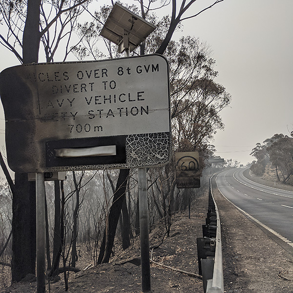 A re-lived night of the bushfires and all that… by Carolyn Ingvarson
