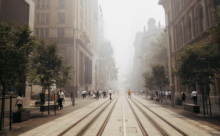 Sydney shrouded in smoke George St